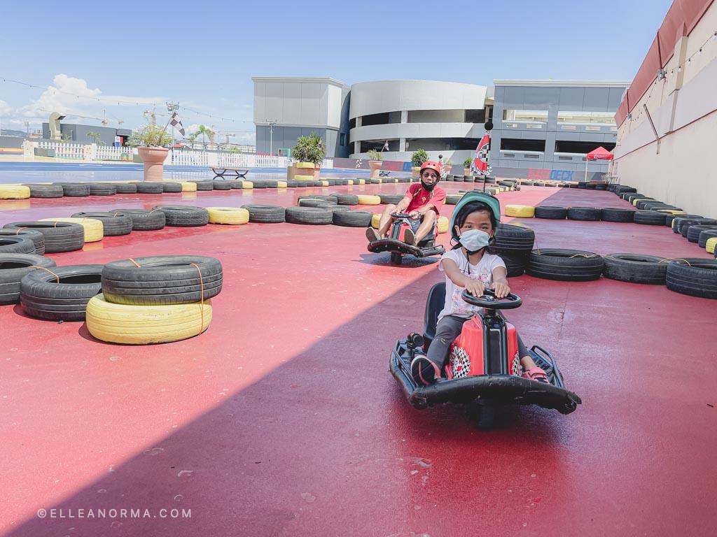 kerrigan-go-kart-race-with-grandpa